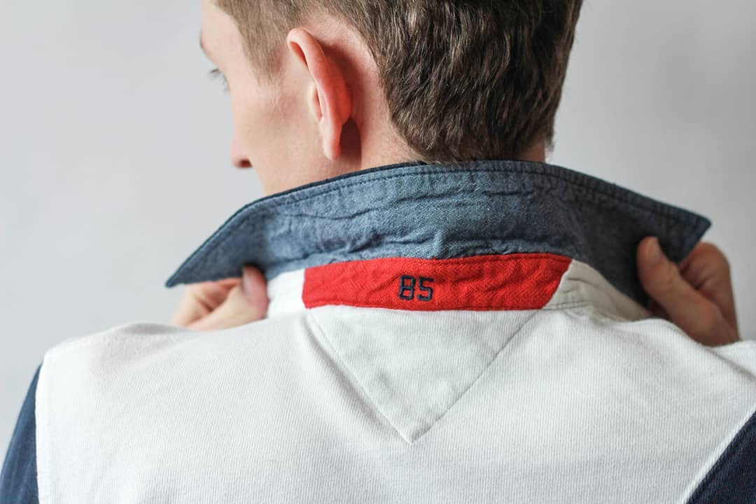 tommy hilfiger popped collar
